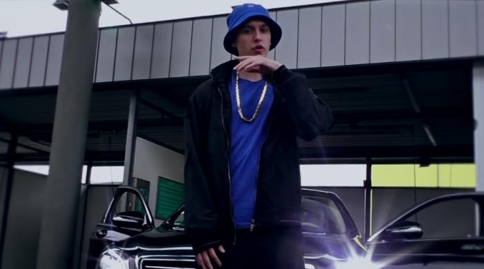 Screenshot aus Musikvideo Hustensaft Jüngling - Ich Lieb Sie Nicht