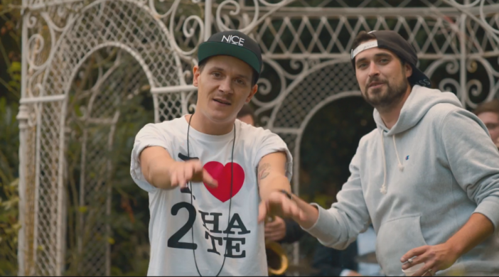 Screenshot aus Musikvideo Marz - Eine Liebe feat Kamp